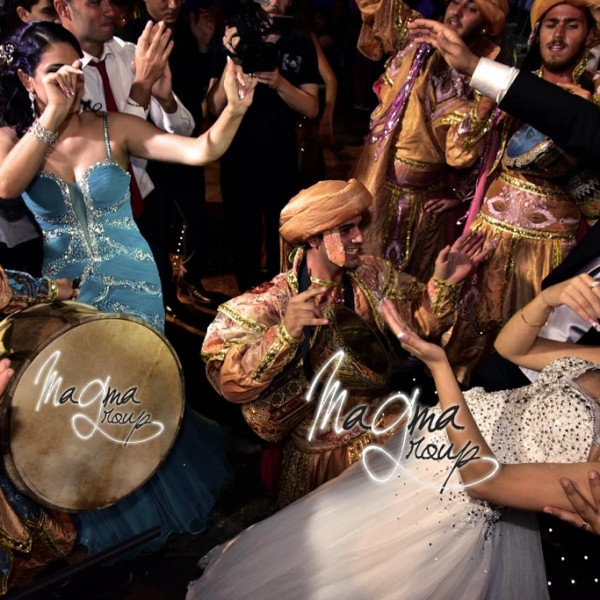 bride-groom-arabic-entrance-magma-group