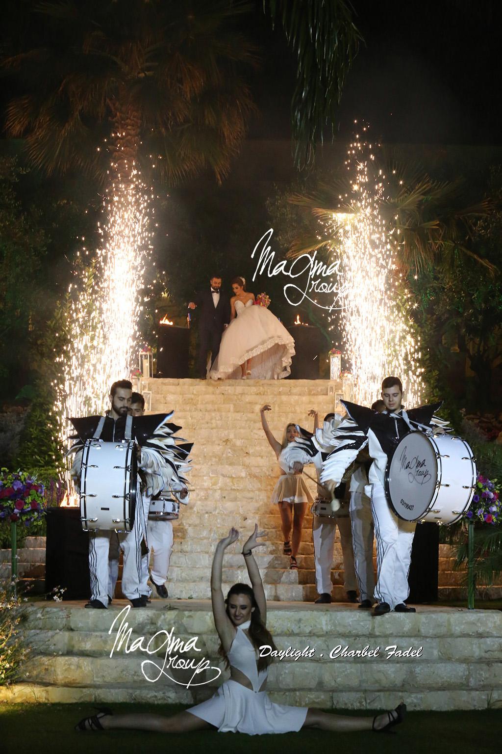 magma-group-wedding-parade-acrobat